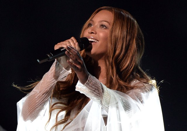 """Beyoncé Reveals The Political Message Behind """"Take My Hand, Precious Lord"""" Grammys Performance"""