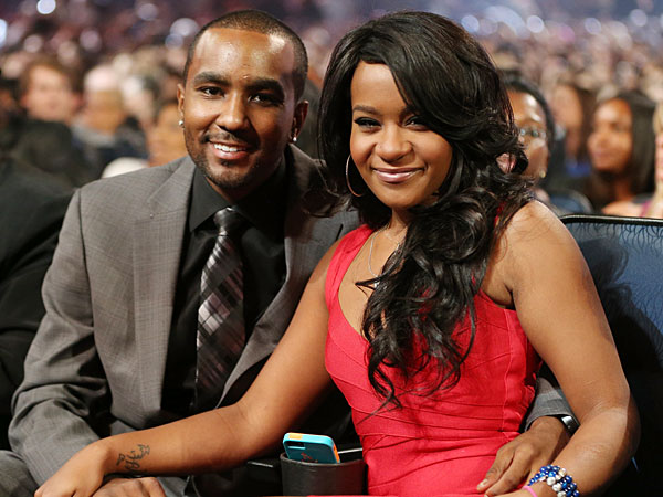 """Bobbi Kristina Brown Is """"Fighting For Her Life"""""""