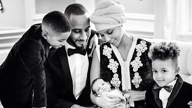Alicia Keys Shares The Official First Picture Of Her Baby Genesis Ali Dean!